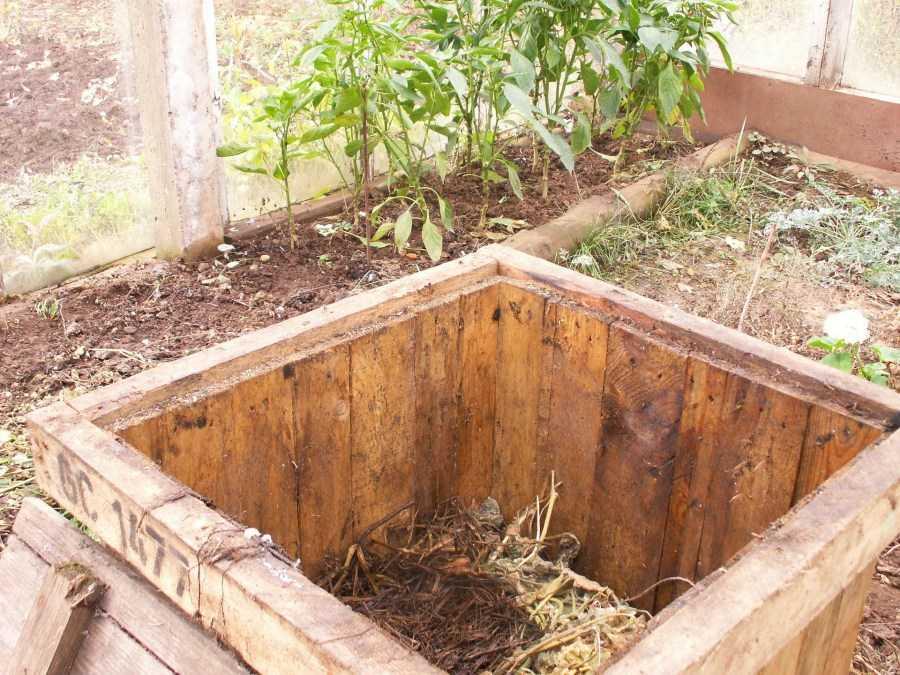 kompostnyiy-yashhik-foto-video-kak-sdelat-kompostnuyu-yamu-svoimi-rukami-71