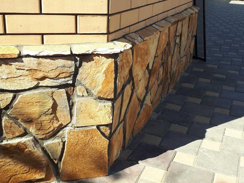 обшивка фундамента камнем