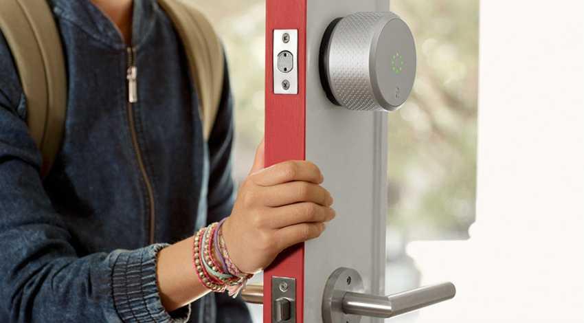 zamena-dvernogo-zamka-foto-video-kak-zamenit-dvernoy-zamok-svoimi-rukami-7
