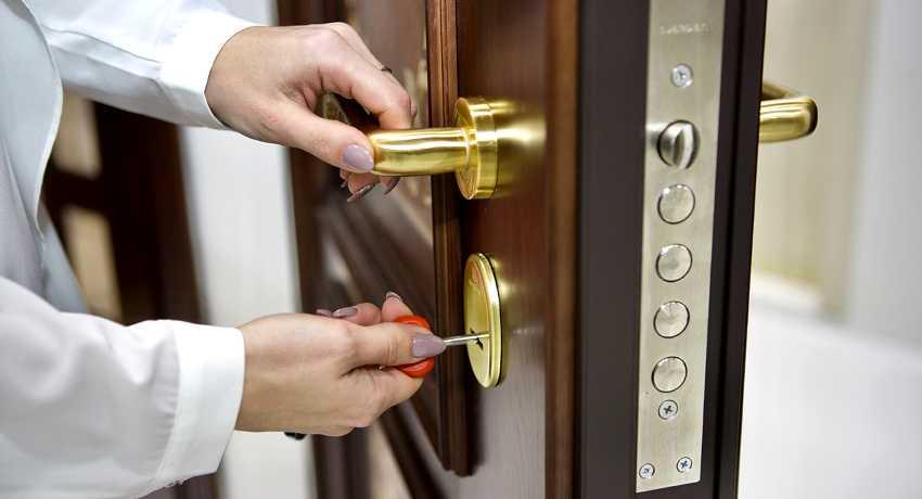 zamena-dvernogo-zamka-foto-video-kak-zamenit-dvernoy-zamok-svoimi-rukami-16