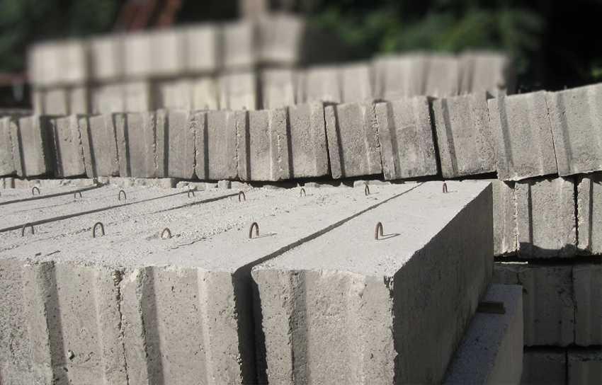 lentochnyj-fundament-fbs-foto-video-dostoinstva-i-nedostatki-blokov-11