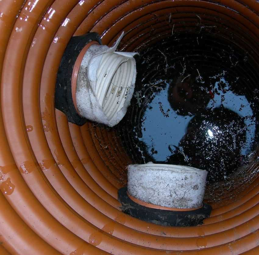 plastikovyj-kanalizatsionnyj-kolodets-foto-video-vidy-razmery-emkostej-37
