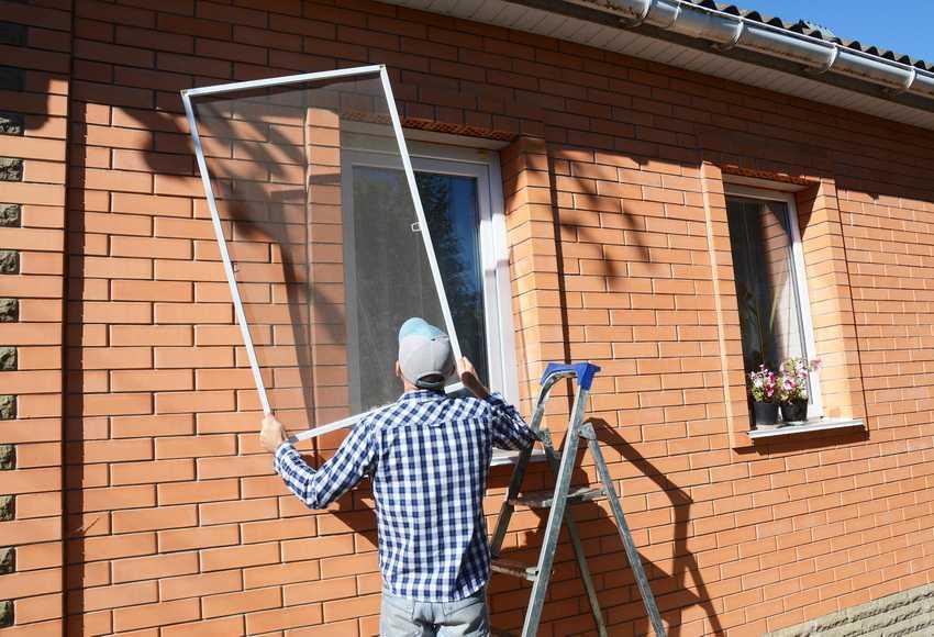 vidy-moskitnyh-setok-foto-video-kak-vybrat-setki-na-plastikovye-okna-3