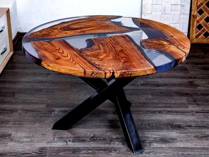 epoksidnyj-stol-foto-video-vidy-kak-sdelat-stol-iz-epoksidnoj-smoly-19
