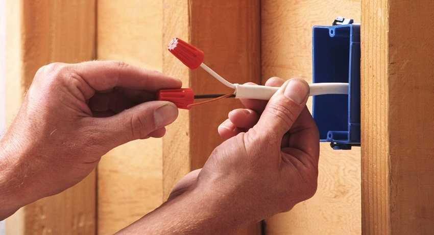 montazh-elektroprovodki-v-derevyannom-dome-foto-video-kak-sdelat-samomu-1