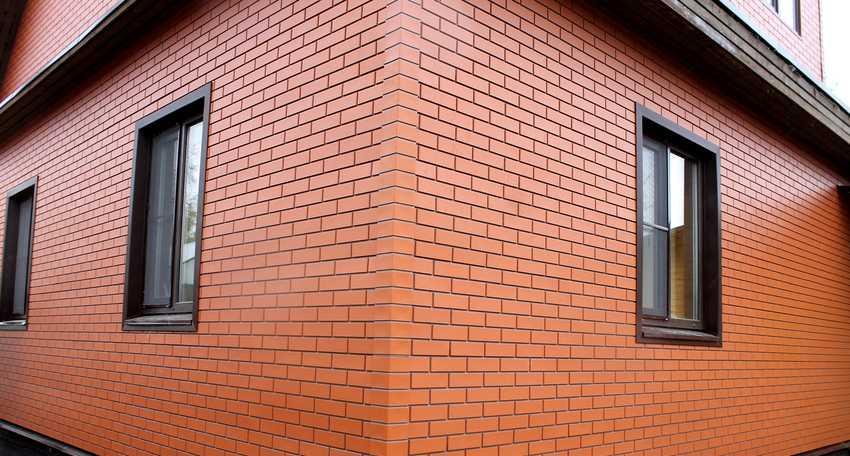 fasadnye-paneli-foto-video-otdelka-doma-panelyami-pod-kirpich-13