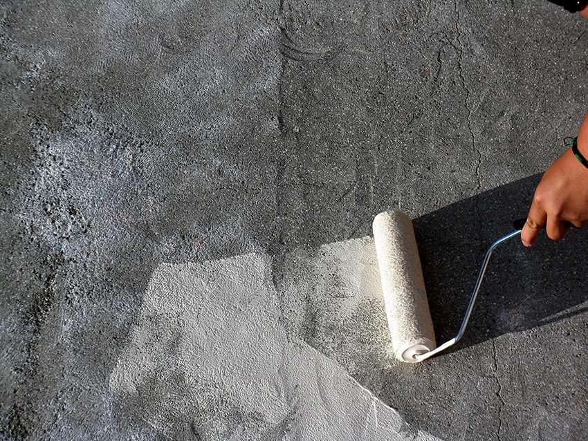 kraska-dlya-betona-foto-video-obzor-krasok-chem-pokrasit-betonnye-poly-18