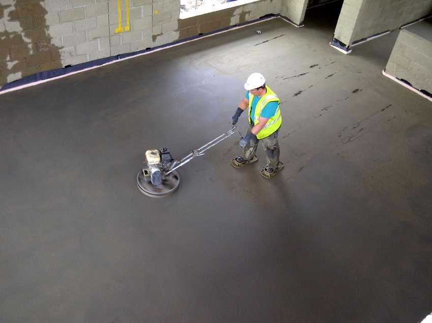 chtoby-betonnyj-pol-ne-pylil-foto-video-obespylivanie-betonnogo-pola-15