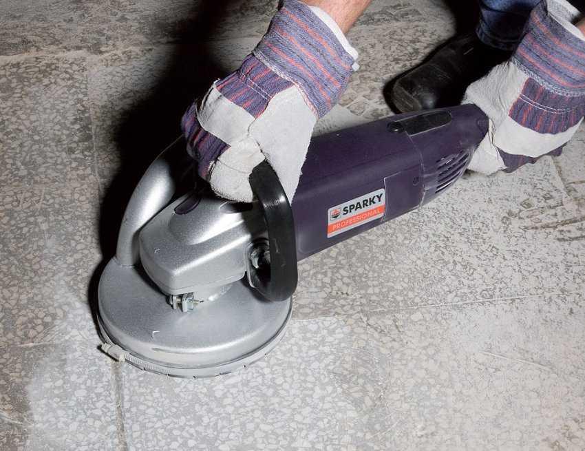 shlifovka-betona-foto-video-instrukcziya-kak-shlifovat-betonnyj-pol-12