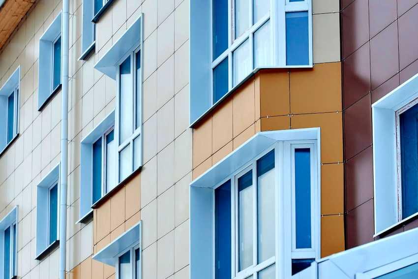 ventiliruemyj-fasad-doma-foto-video-ustrojstvo-sistemy-fasada-3