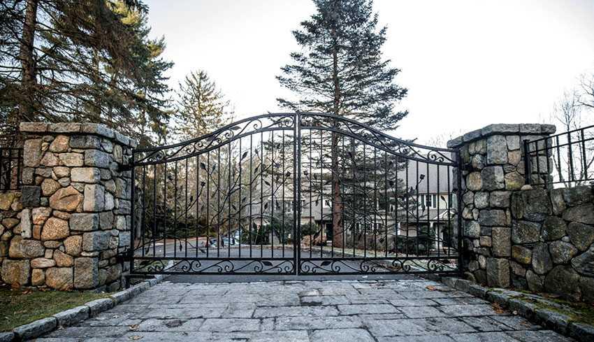 voroty-kovanye-foto-video-varianty-krasivyh-kovannyh-vorot-29