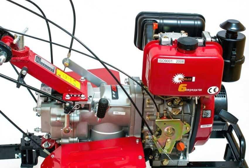 dizelnyj-motoblok-foto-video-motobloki-s-vodyanym-ohlazhdeniem-4