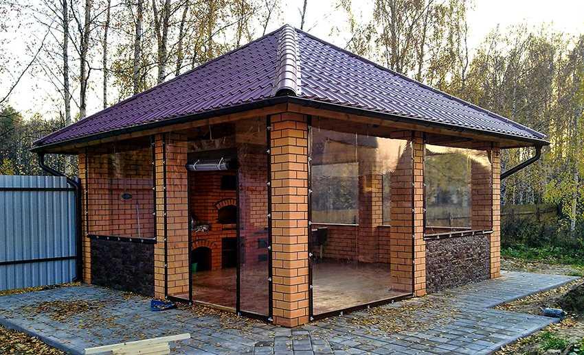 myagkie-okna-foto-video-myagkoe-steklo-dlya-besedok-terras-i-drugih-konstrukczij-4