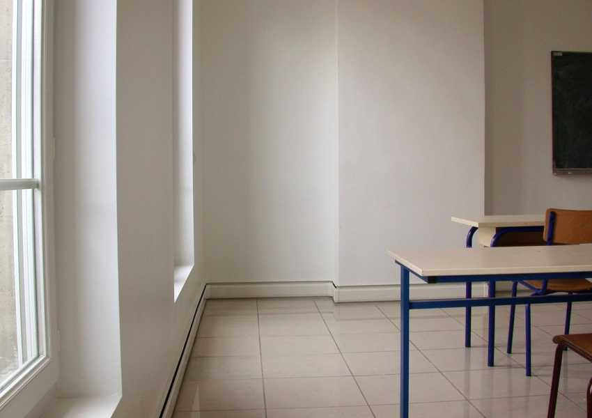 teplyj-plintus-foto-video-preimushhestva-elektricheskih-plintusov-13