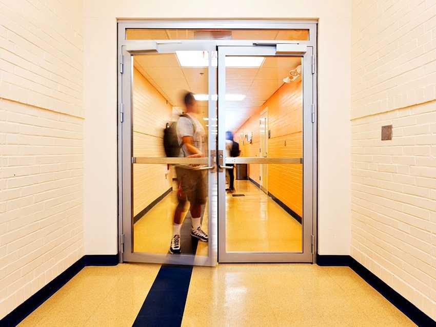 protivopozharnye-dveri-foto-video-gost-tehnicheskie-harakteristiki-8