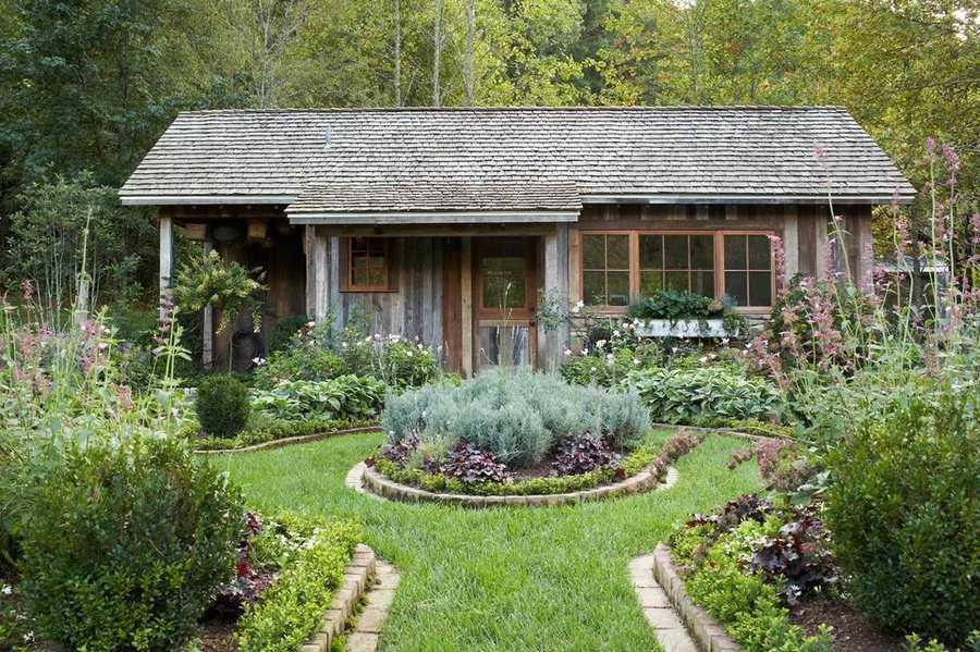 Деревенский стиль ландшафтного дизайна.