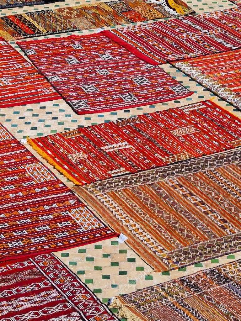 Тканые ковры.