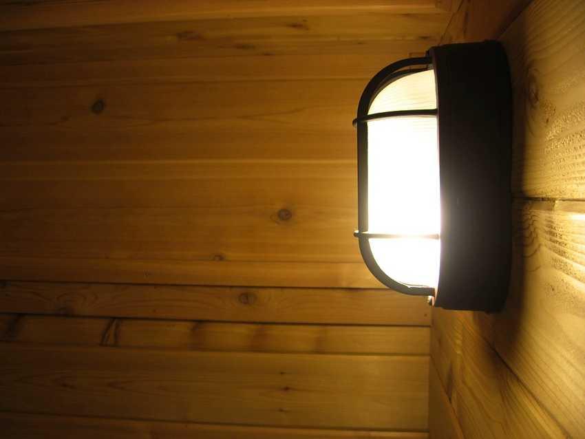 svetilnik-dlya-bani-foto-video-obzor-harakteristiki-populyarnye-modeli-11
