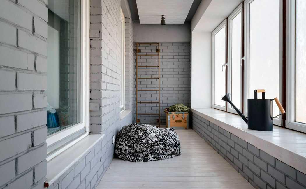 osteklenie-balkona-luchshij-sposob-ispolzovat-prostranstvo-1