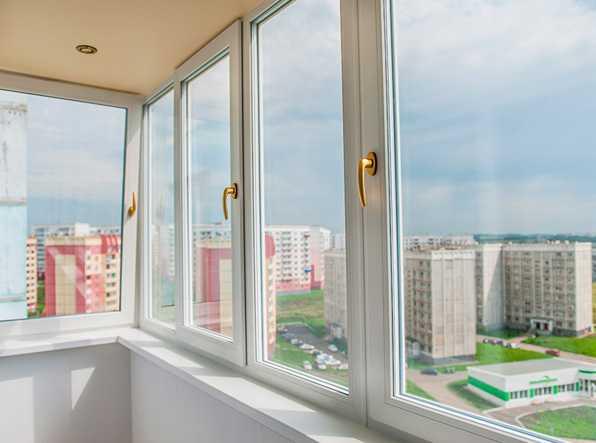 osteklenie-balkona-luchshij-sposob-ispolzovat-prostranstvo-3