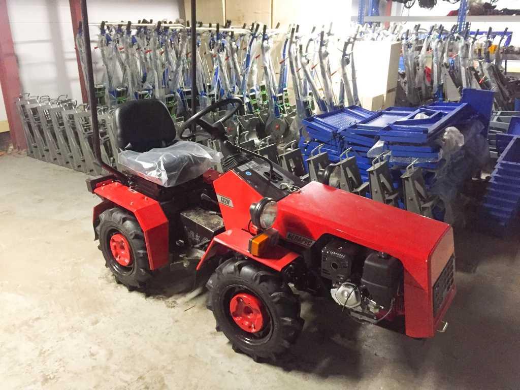 mnogofunkczionalnyj-mini-traktor-mtz-obzor-populyarnyh-modelej-3