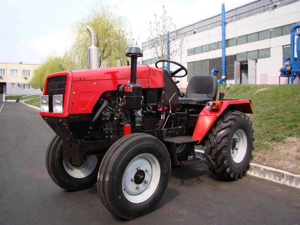 mnogofunkczionalnyj-mini-traktor-mtz-obzor-populyarnyh-modelej-5